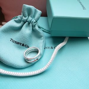 Authentic TIFFANY & Co. SILVER Ring